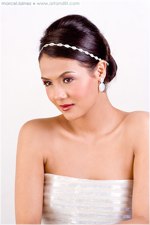 Wedding Makeup and Jewelry 1