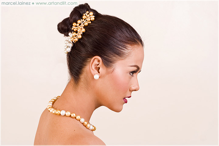 Wedding Makeup and Jewelry 3