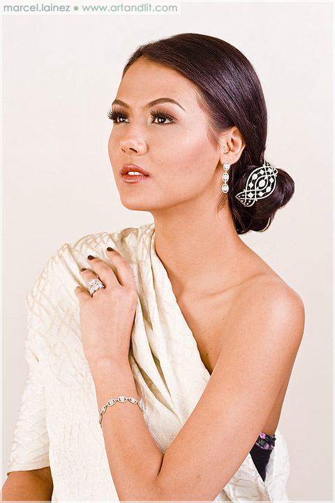 Wedding Makeup and Jewelry 5