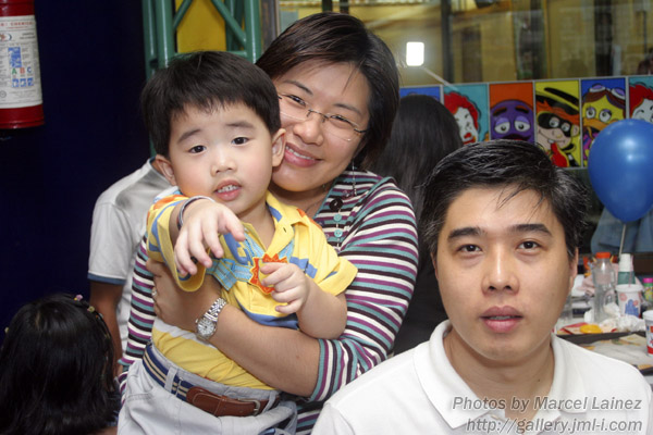 Mommy Celina with Daddy Joel and Little Kendrick